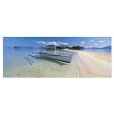 Fishing boat moored on the beach, Palawan, Philipp Poster