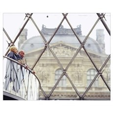 Couple in Louvre Paris France Poster