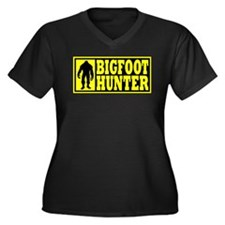 Finding Bigfoot - Hunter Women's Plus Size V-Neck