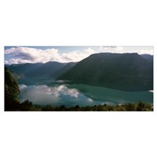 Reflections of clouds and mountains in a lake, Gei Poster