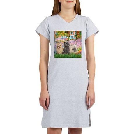 Garden/3 Cairn Terriers Women's Nightshirt