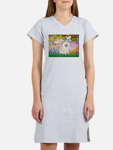 Garden / Eskimo Spitz #1 Women's Nightshirt