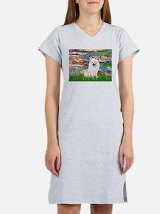 Lilies / Eskimo Spitz #1 Women's Nightshirt