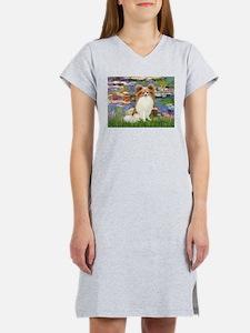 Lilies & fawn Papillon Women's Nightshirt