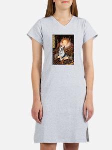 The Queen's Corgi (Bl.M) Women's Nightshirt