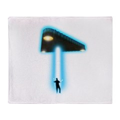 TR-3B Abduction Throw Blanket