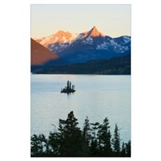 Wild Goose Island in Saint Mary Lake, jagged mount Poster