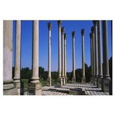 Columns in a row, National Capitol Columns, Nation