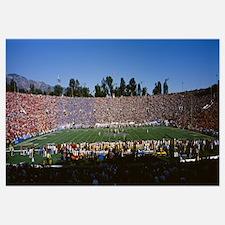 Spectators in a stadium, Rose Bowl Stadium, Pasade