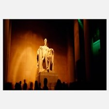 Low angle view of a statue, Lincoln Memorial, Wash
