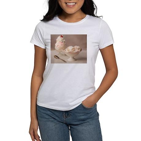 Praline Ice Cream Bunny Women's T-Shirt