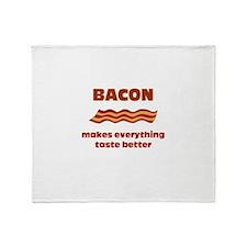 Bacon makes Everything Taste Throw Blanket