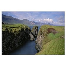 Iceland, Snaefellsnes Peninsula, Water flowing fro