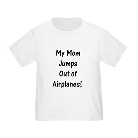 MomJumpsAirplanes_black T-Shirt