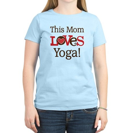 Mom Loves Yoga Women's Light T-Shirt