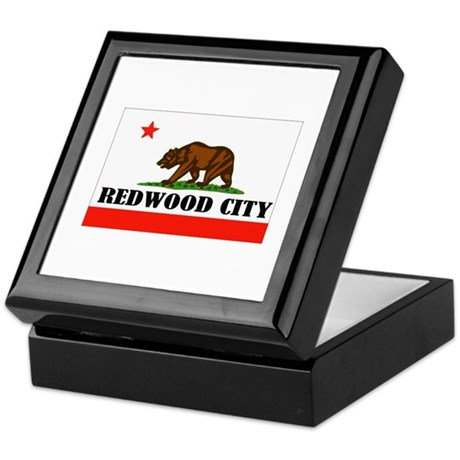 Redwood City,Ca -- T-Shirt Keepsake Box