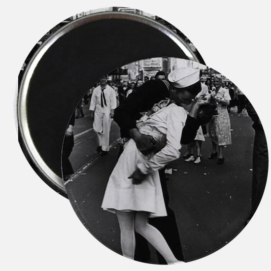 "Sailors Kiss Best 2.25"" Magnet (10 pack)"