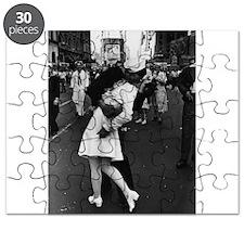 Sailors Kiss Best Puzzle
