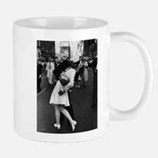 Sailors Kiss Best Mug