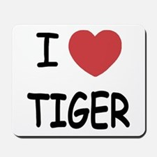 I heart tiger Mousepad