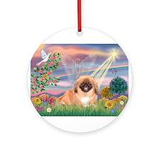 Cloud Angel / Pekingese(r&bm) Ornament (Round)