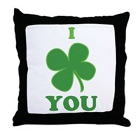 I Love You Clover Throw Pillow