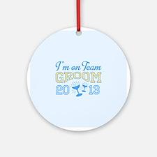 Team Groom Champagne 2013 Ornament (Round)