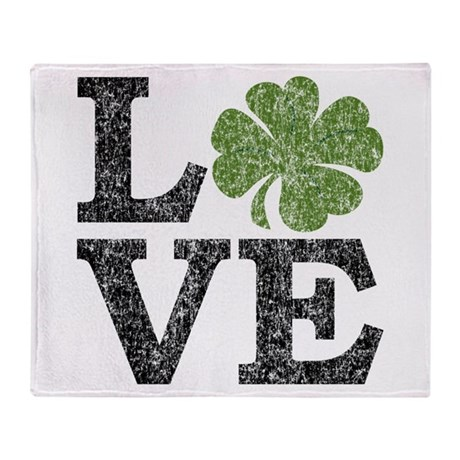 LOVE with a shamrock Throw Blanket