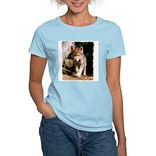 Approaching Wolf Pup Women's Pink T-Shirt