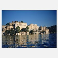 Palace Hotel on the waterfront, Udaipur City Palac