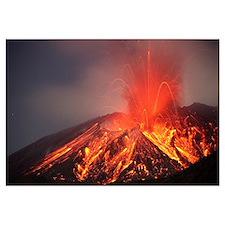 Explosive Vulcanian eruption of lava on Sakurajima