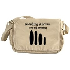 Never out of season Messenger Bag