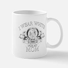 I Wear White for my Mom (flor Mug