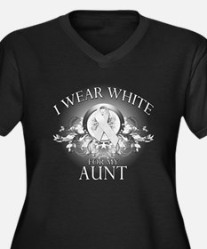 I Wear White for my Aunt (flo Women's Plus Size V-