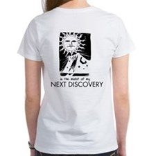 Curtain, Discovery White T w/Boomgono on Front (W)