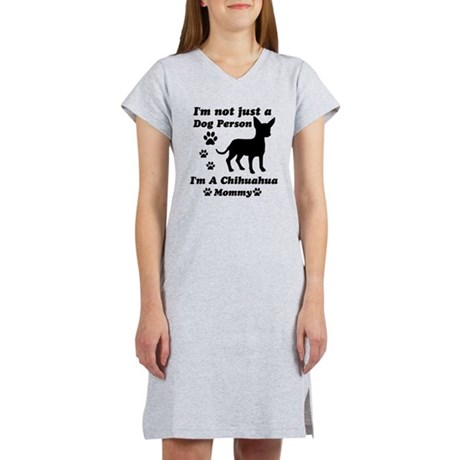 Chihuahua Mommy Women's Nightshirt