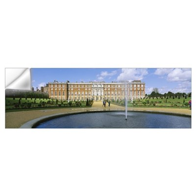 Fountain in front of a palace, Hampton Court, Lond Wall Decal