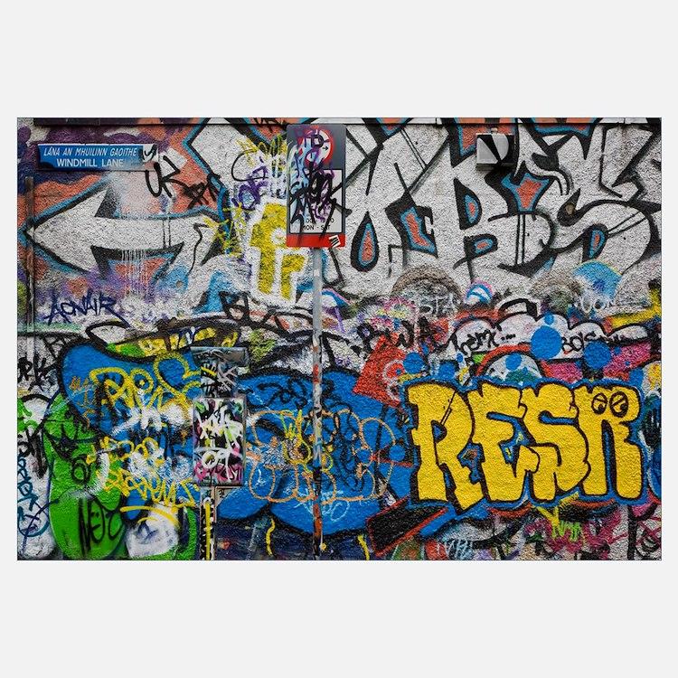 Grafitti on the U2 Wall, Windmill Lane, Dublin, Ir