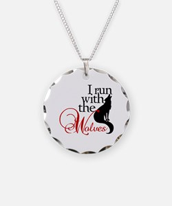 I run with wolves Necklace