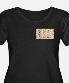 Matzo Mart Women's Plus Size Scoop Neck Black Tee
