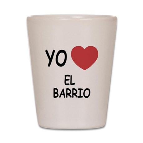 yo amo el barrio Shot Glass