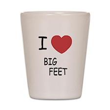 I heart big feet Shot Glass