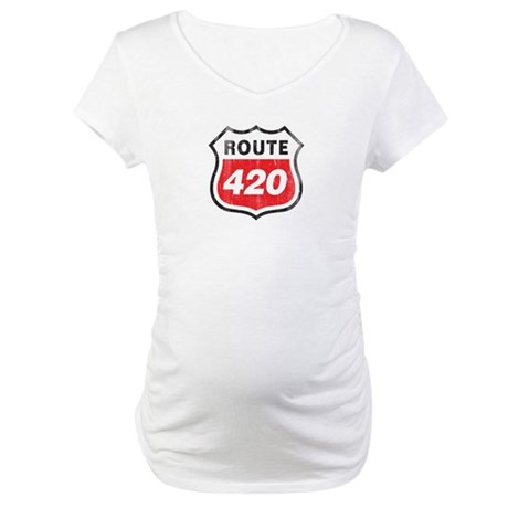 Vintage styled distressed 420 Maternity T-Shirt