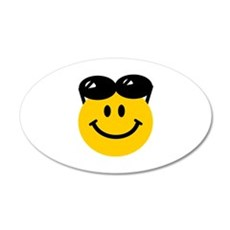 Perched Sunglasses Smiley 22x14 Oval Wall Peel