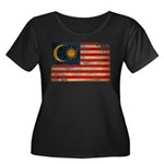 Malaysia Flag Women's Plus Size Scoop Neck Dark T-