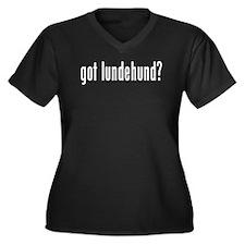 GOT LUNDEHUND Women's Plus Size V-Neck Dark T-Shir