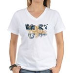 Quebec Flag Women's V-Neck T-Shirt