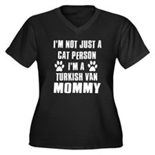 Turkish Van Cat Design Women's Plus Size V-Neck Da