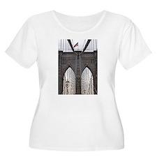 Brooklyn Bridge: No.6 T-Shirt