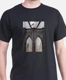 Brooklyn Bridge: No.6 T-Shirt
